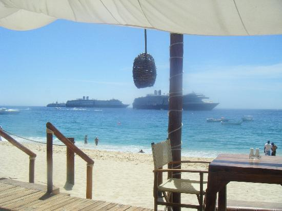 ME Cabo: Nikki beach