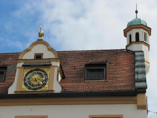 Das Rathaus: 7