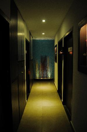 The Four Fountains Spa - Jayanagar : Corridor - 1