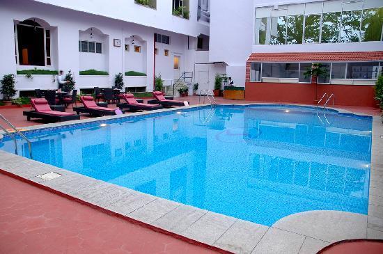 Swimming Pool Picture Of Hotel Sandesh The Prince Mysuru Mysore Tripadvisor
