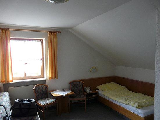 Kondrauer Hof: bedroom