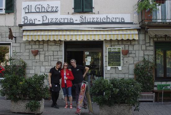 Al Ghezz : Franci, Helen & Diego