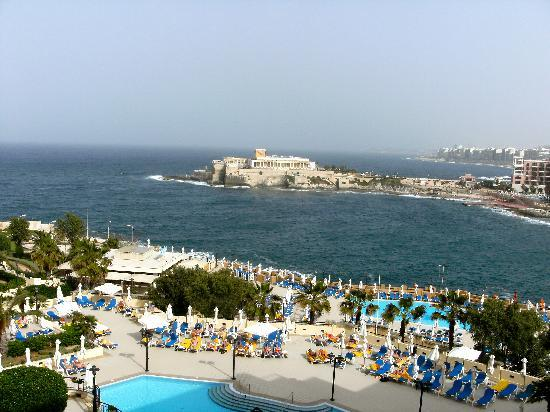 Corinthia Hotel St. George's Bay: Pool view & sea view.