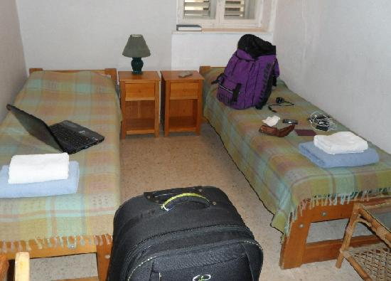 Beit Immanuel Hostel: Booked a single but have given a double - for the same price.
