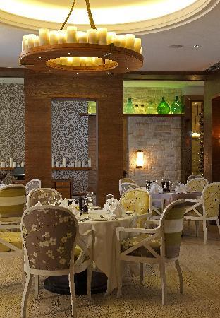Favola restaurant.