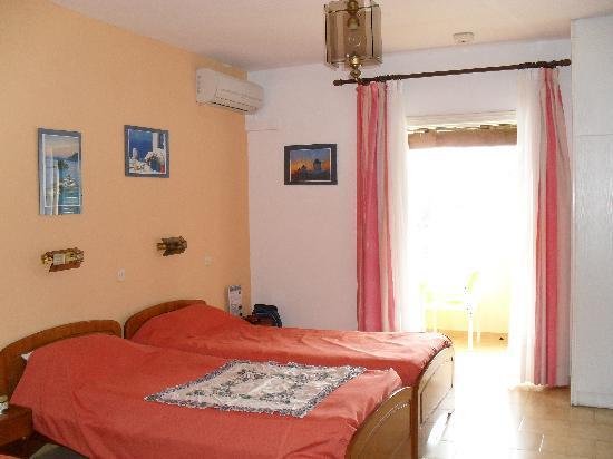 San Antonio Corfu Resort: room