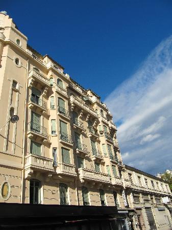 Hotel De La Buffa : The outside