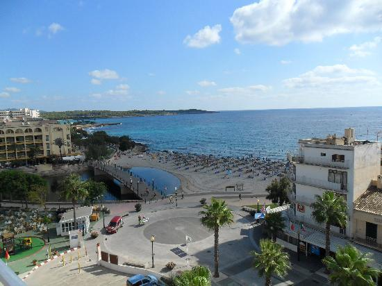 Playa Moreia Apartments: view from balcony