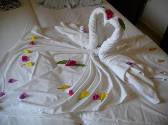 Yadis Djerba Golf Thalasso & Spa: Hotelzimmer/-bett