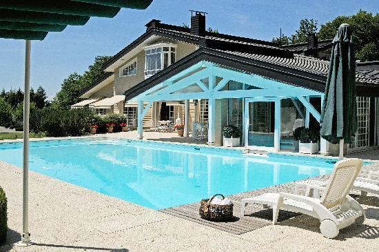 La Forestiere Chambres d'hotes : La Forestière située entre lac et monagne, à 10 minutes d'Evian