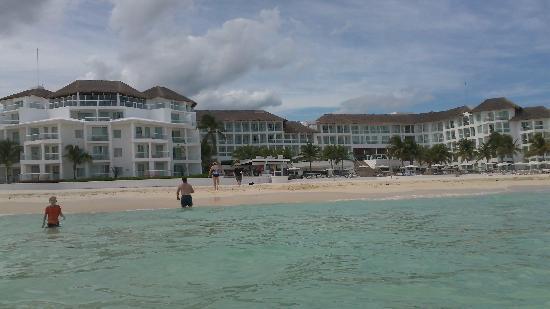 Playacar Palace: resort from ocean