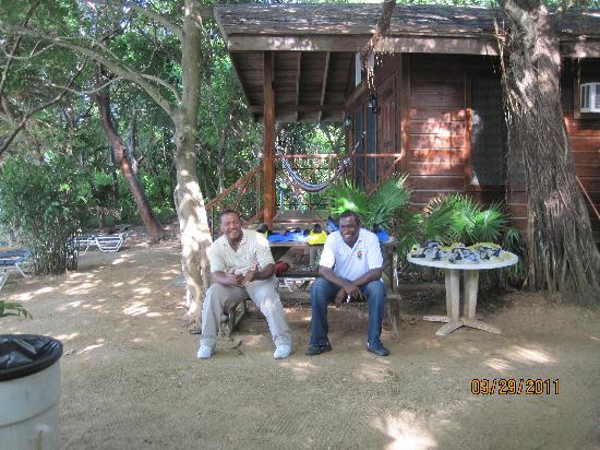 Roatan Christopher Tours: Tour guide for the day at the beach