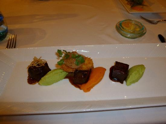 The Samaya Bali Ubud : レストランSwept Awayの和牛ステーキ最高でした