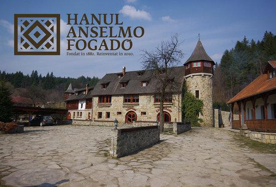 Hanul Anselmo: www.anselmo.ro