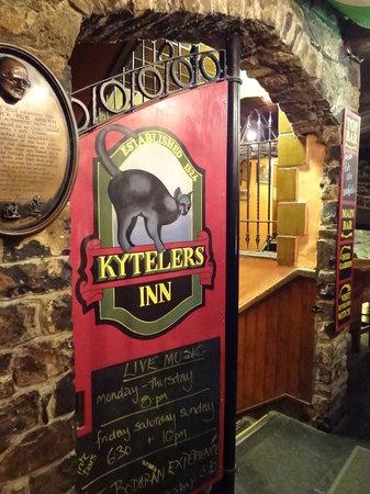 County Kilkenny, Irlandia: Kyteler's Inn
