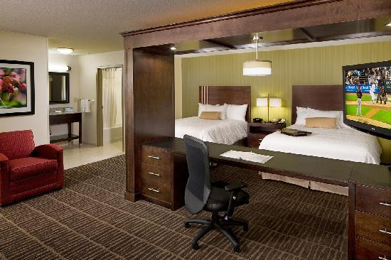 Hampton Inn & Suites Saginaw: For business or pleasure, you will love our rooms!
