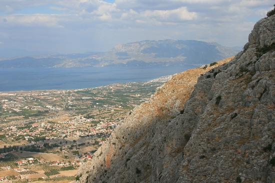 Greece Taxi: The spectacular view from Acro-Corinth