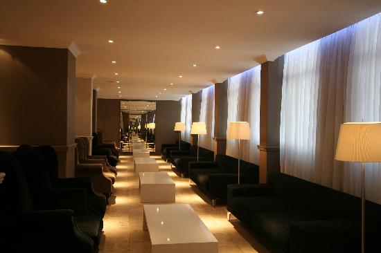 Manhattan Hotel: Lounge area