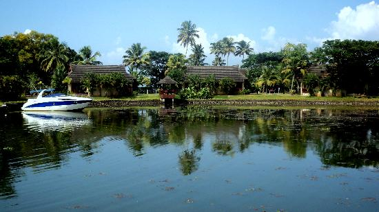 The Zuri Kumarakom: A view of the in-resort lagoon