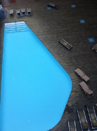 Coma Ruga, Spain: piscina desde el sexto