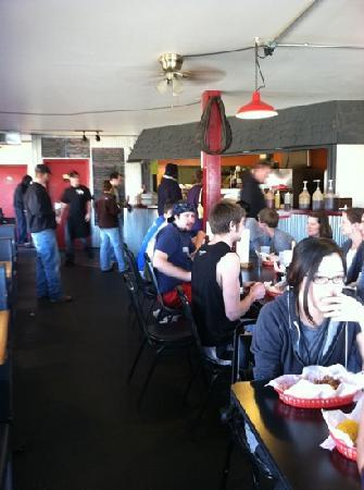 South Street Smoke House: limited seating
