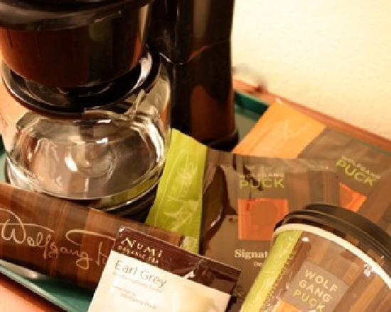 Town & Country Inn and Suites Quincy: Tasty Wolfgang Puck Coffee