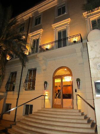 คาโป ดาฟริกา: Hotel Entrance