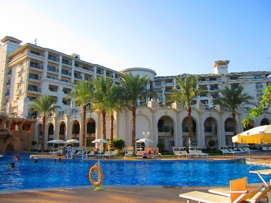 Stella Di Mare Beach Hotel & Spa : Lower Hotel Pool