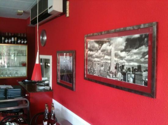 La puerta con alegoria al local fotograf a de pizzeria for Decoracion pizzeria