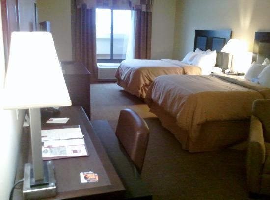 Comfort Suites Oshkosh: Bedroom