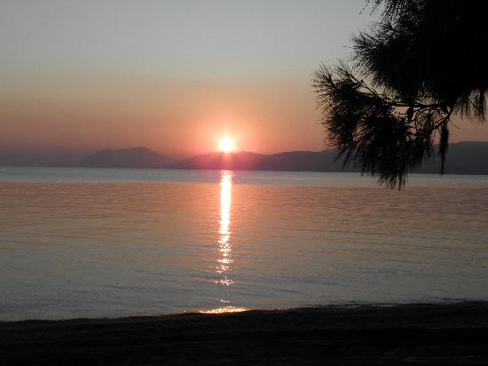 Troulos, Greece: sunset on skiathos