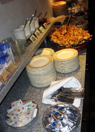 Kur & Ferienhaus Volksheilbad: Buffet Breakfast