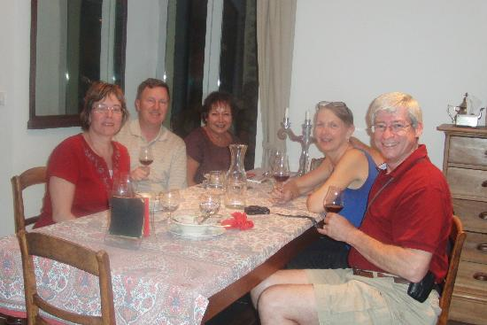Le Clos de Lucy: Around the dinner table