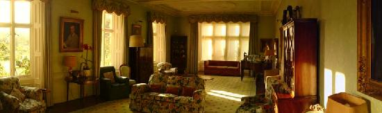 Loughbrow House: Panorama View of the Drawing Room in the Morning