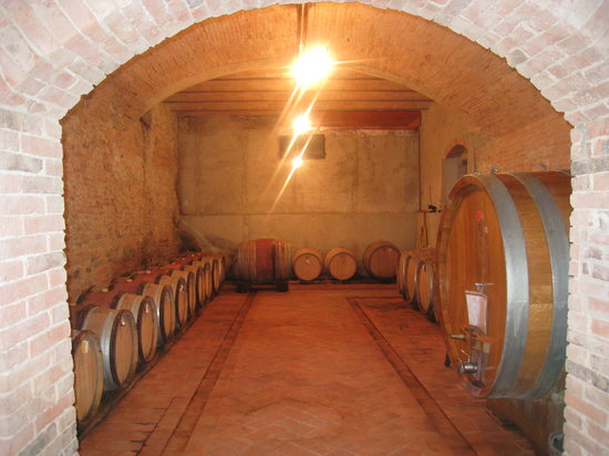 La Gigliola: Wine Cellar