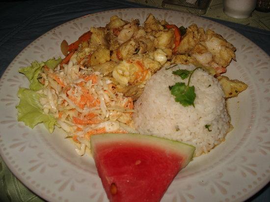 Caroline's Cookin': Seafood curry!