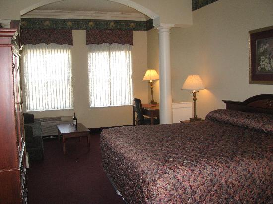 Pella, IA: Our room