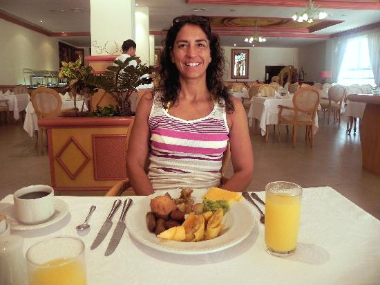 Excellence Playa Mujeres: Buffet at Toscana is a must, anything you could want to eat.