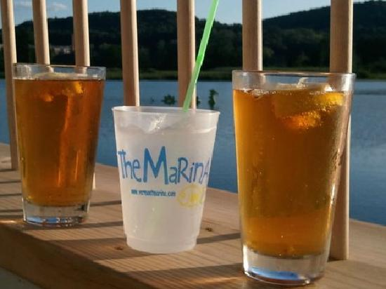 The Marina : Cocktails on the back deck