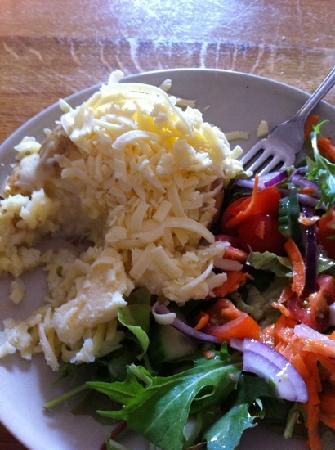 Darnley Coffee House: cheddar baked potato