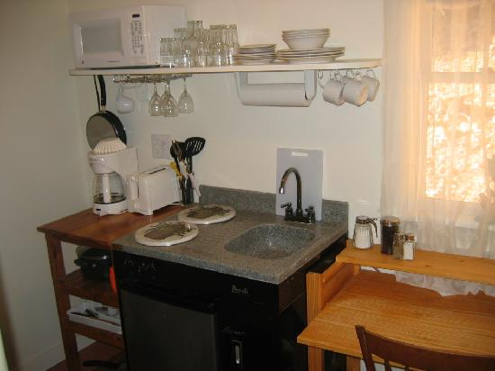 Bishop Farm Bed and Breakfast: Kitchenettes in all cottages