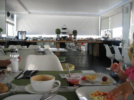 Alexander Tel-Aviv Hotel: Breakfast room