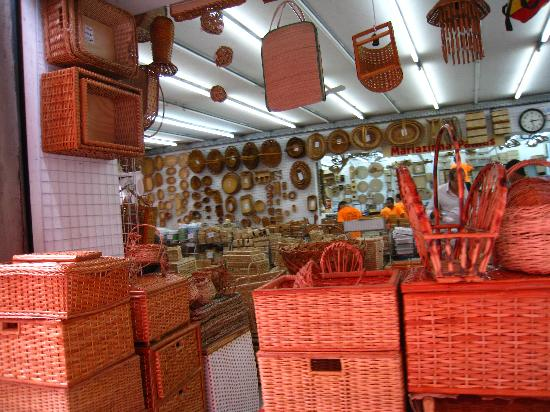 Saara Shopping District: Boxes and baskets