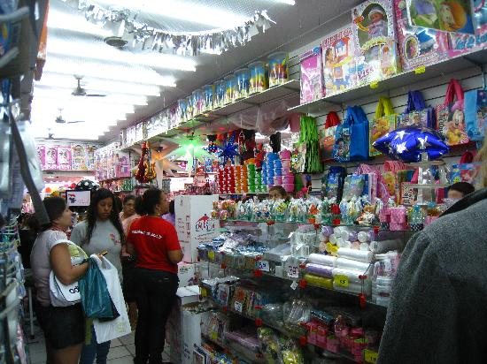 Saara Shopping District: Party Supplies