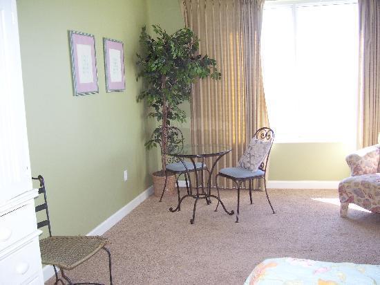 Leeward Key Condominiums: Bedroom View