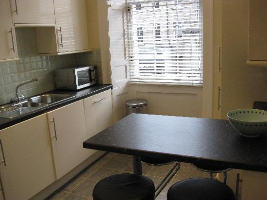 Twenty One Hanover Street: Kitchen