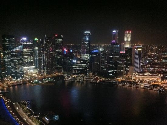 Mandarin Oriental, Singapore: view from Marina sands skypark