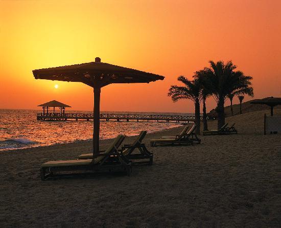 The Oberoi Sahl Hasheesh: Sunrise at the beach