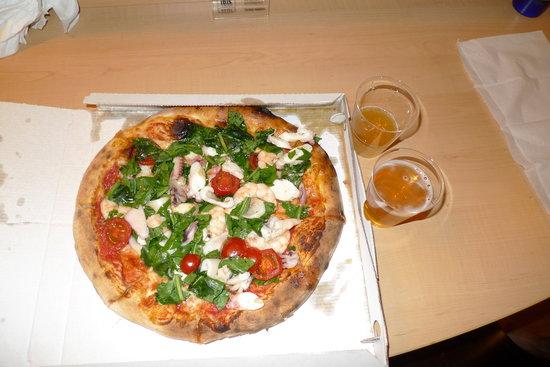 Restaurant Pizzeria Maruzzella: Seafood pizza