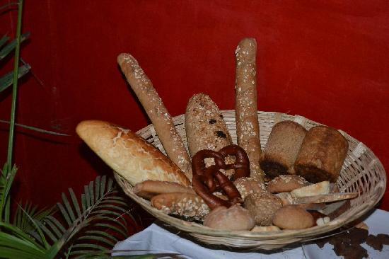 Brown Bread Bakery: Breakfast Buffet